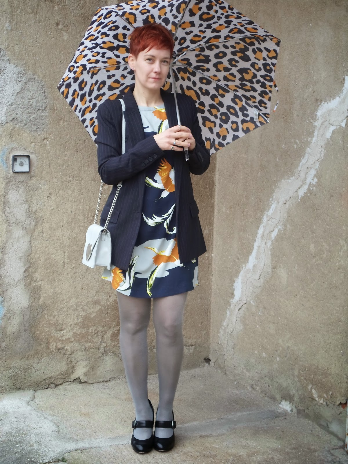 Sunday lunch outfit: Bird print dress, pinstripe blazer, heels, silver tights, hearts bag and a leopard umbrella | Sunday Lunch - Funky Jungle, fashion and personal style blog
