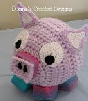 http://www.donnascrochetdesigns.com/plasticsprings/plastic-springs-pig-free-crochet-pattern.html