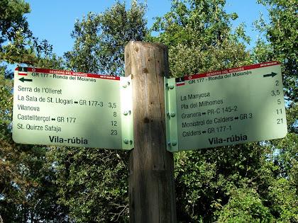 Indicador en el trencall de Vila-rúbia