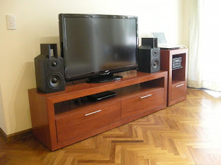 Andy charras objetos de dise o mueble customizado - Muebles para equipo de sonido ...
