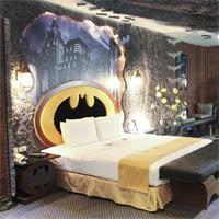 ¿Buscas hotel para el puente? ¿Te apetece probar la Bat-Habitación?