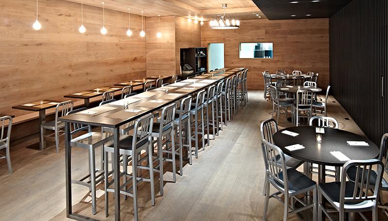 Interiores minimalistas viet hoa cafe un c lido - Interiores de restaurantes ...