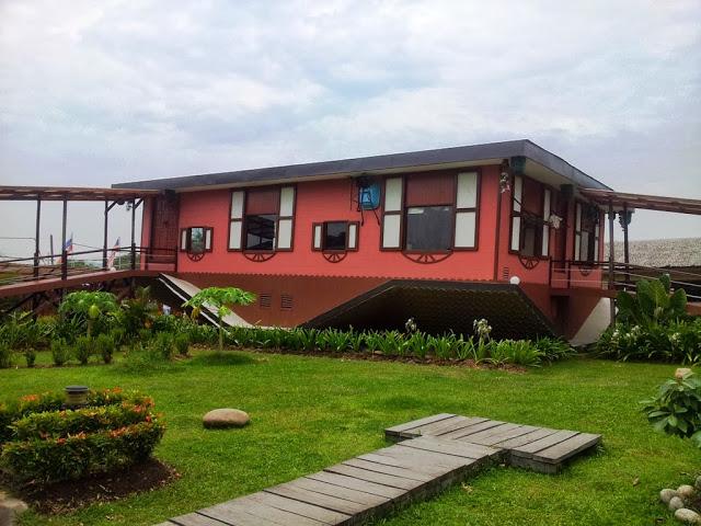 Rumah Terbalik, Tamparuli, Sabah (2013)