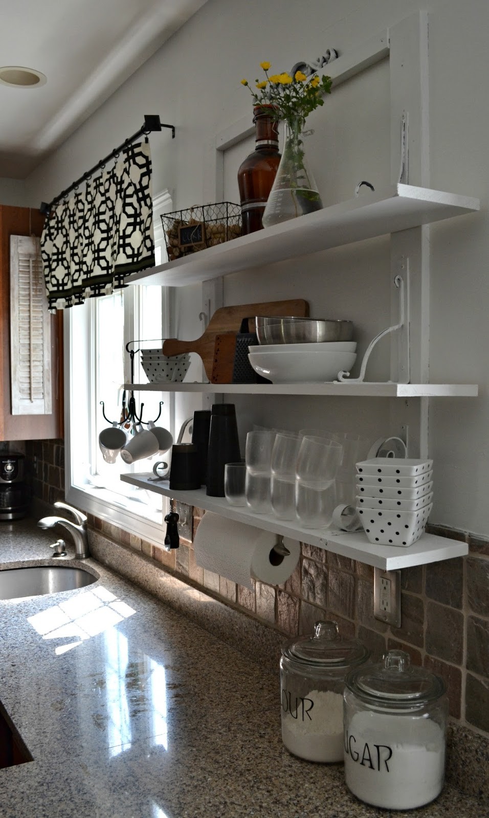 down to earth style open kitchen shelves. Black Bedroom Furniture Sets. Home Design Ideas