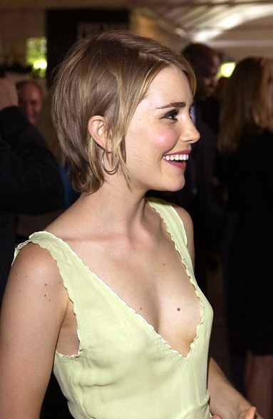 Alison Lohman: Read Biography and Watch her Movie Trailer