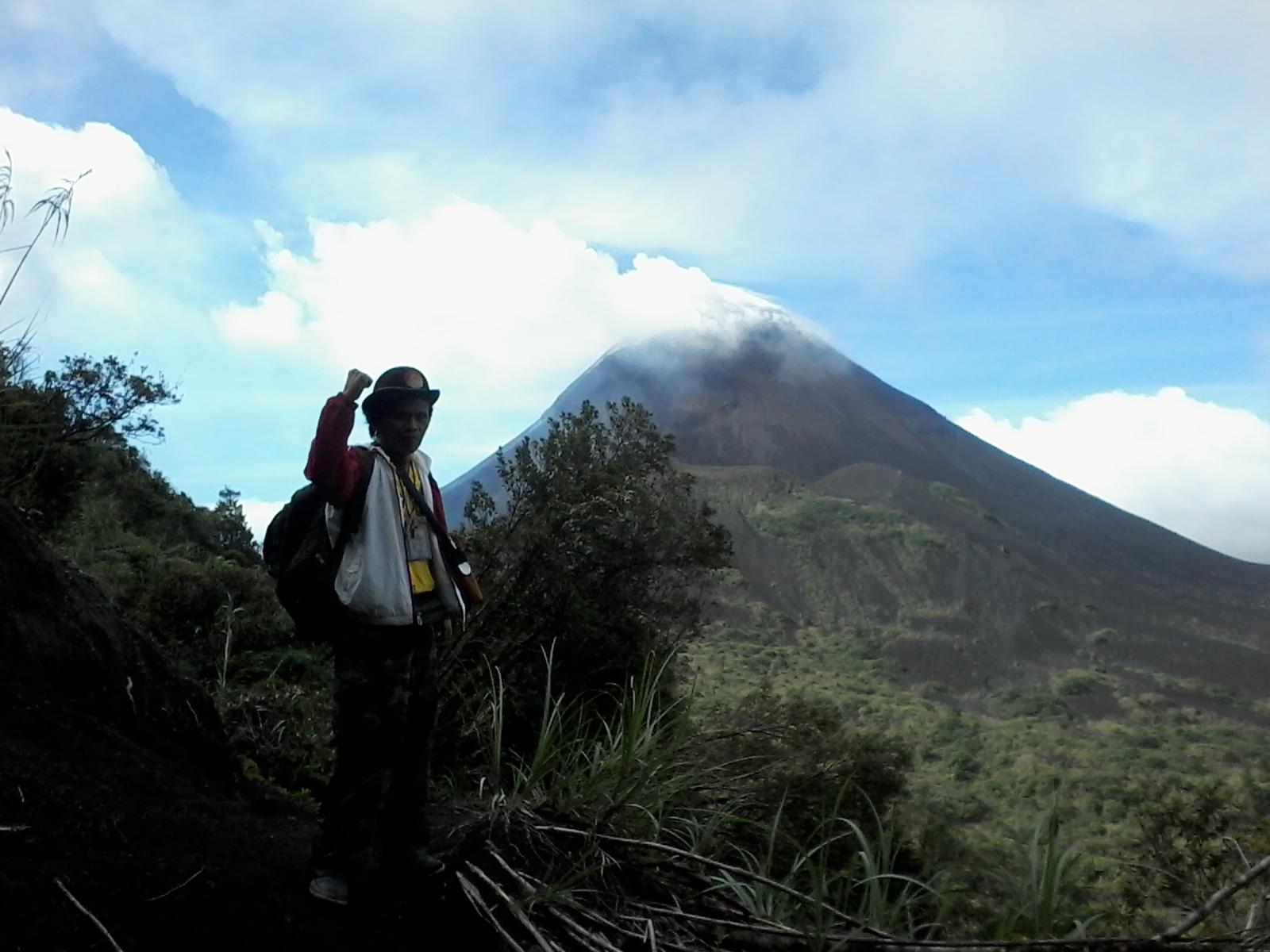 adventure sulawesi tour