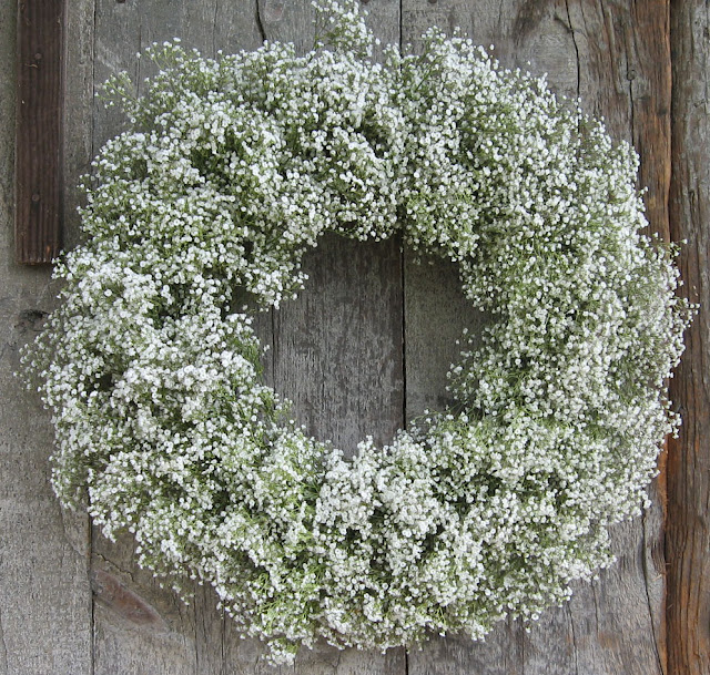 baby's breath wreath, barn wedding, rustic wedding decor