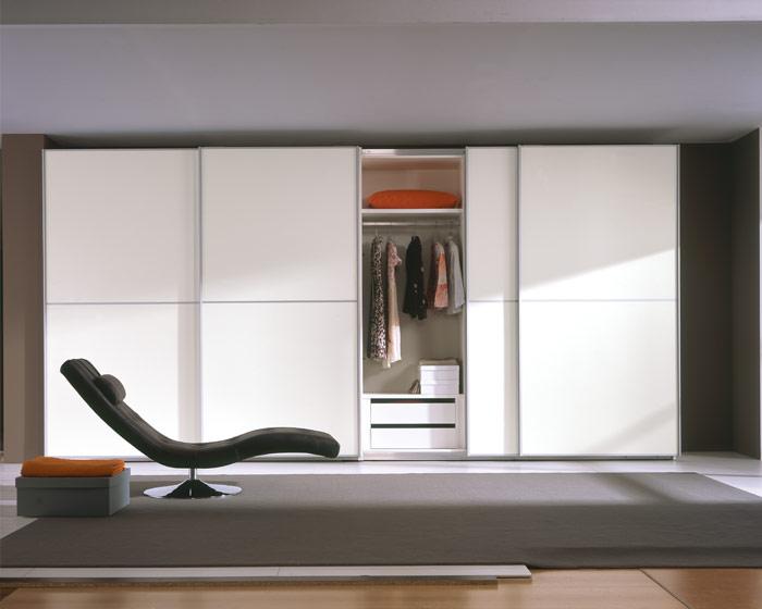 Muebles y decoraci n de interiores armarios o closets - Fotos armarios empotrados modernos ...