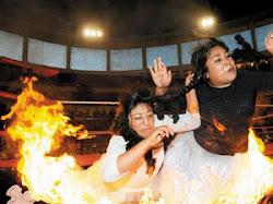 Cholitas Luchadoras de Bolivia 2012