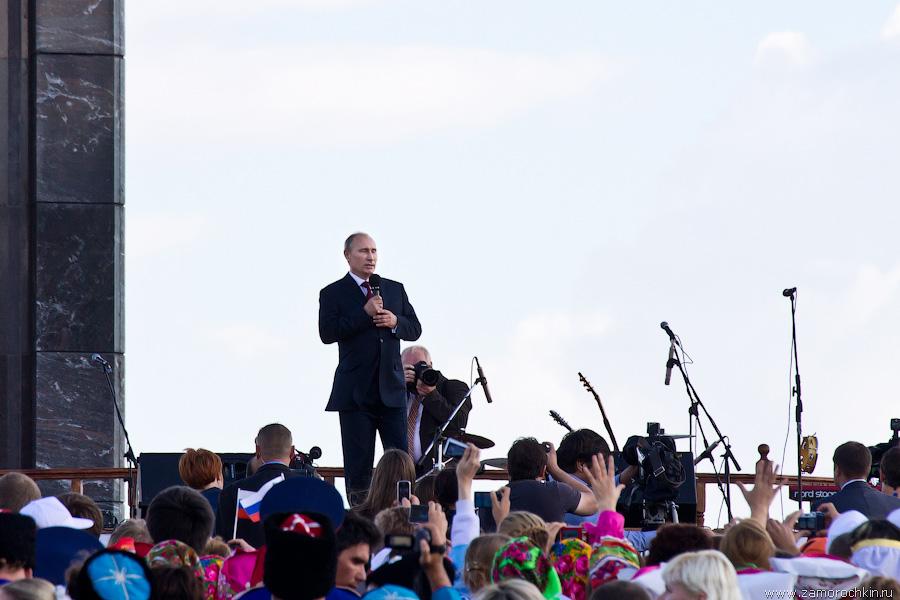 Владимир Путин поздравляет мордовский народ с Тысячелетием единения с народами России