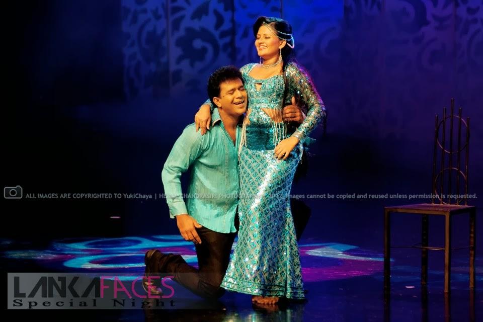 Ameesha Kavindi blue