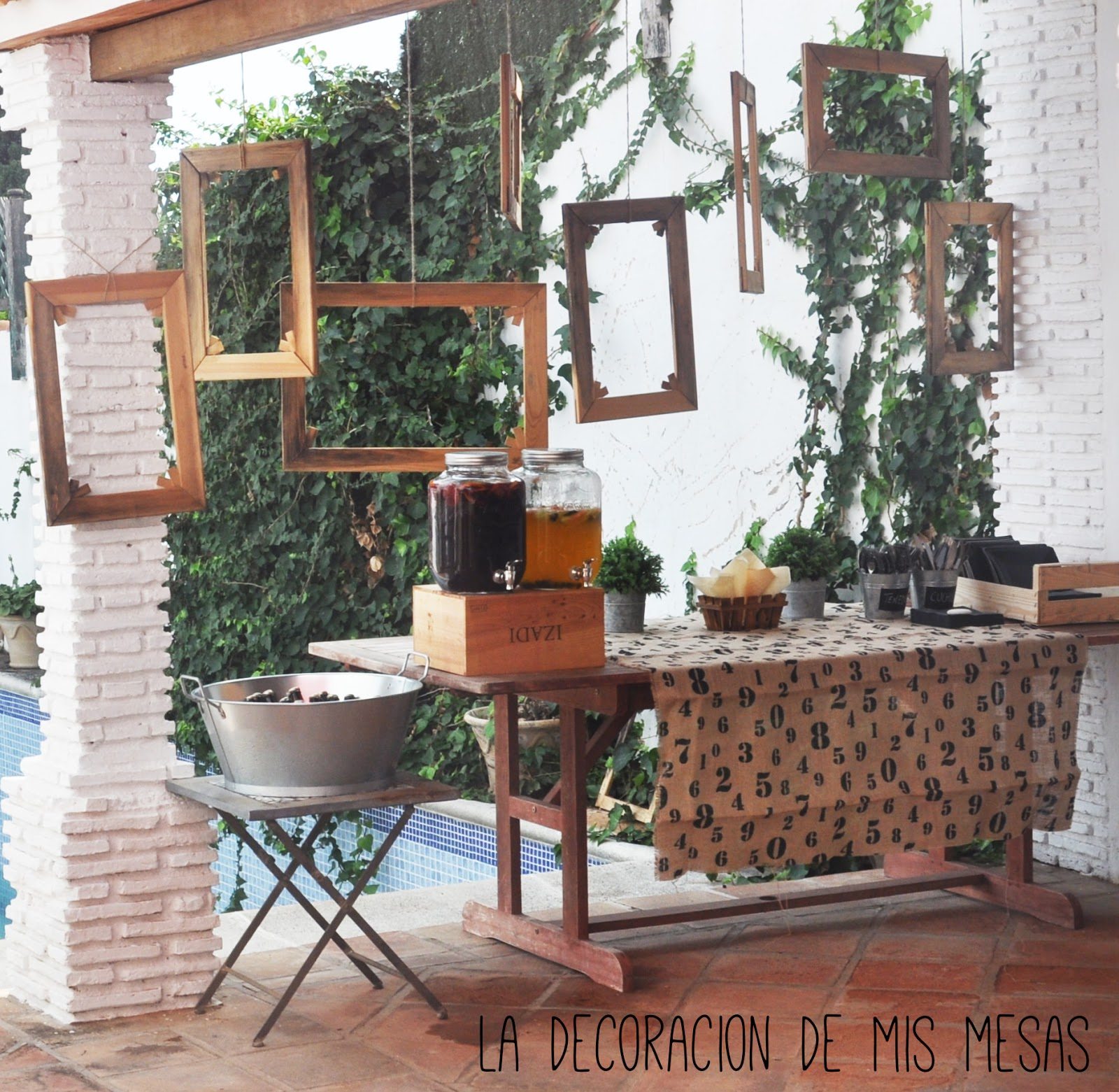 Mi fiesta en el exterior de casa for Decoracion pared exterior jardin