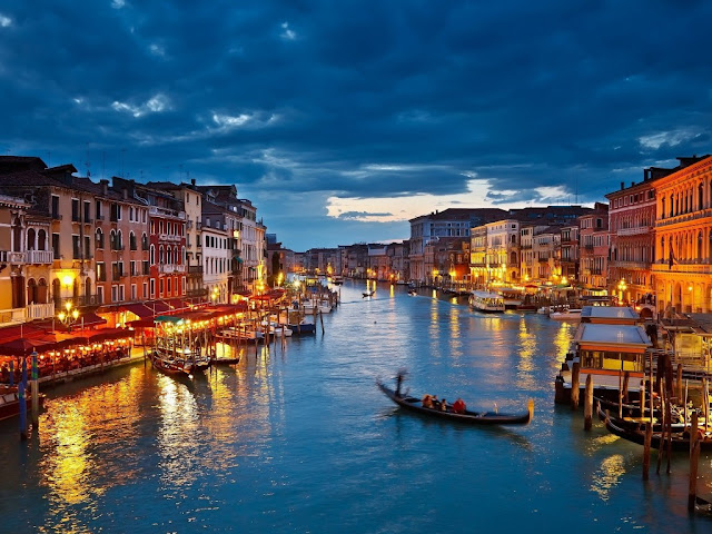 переезжать в италию
