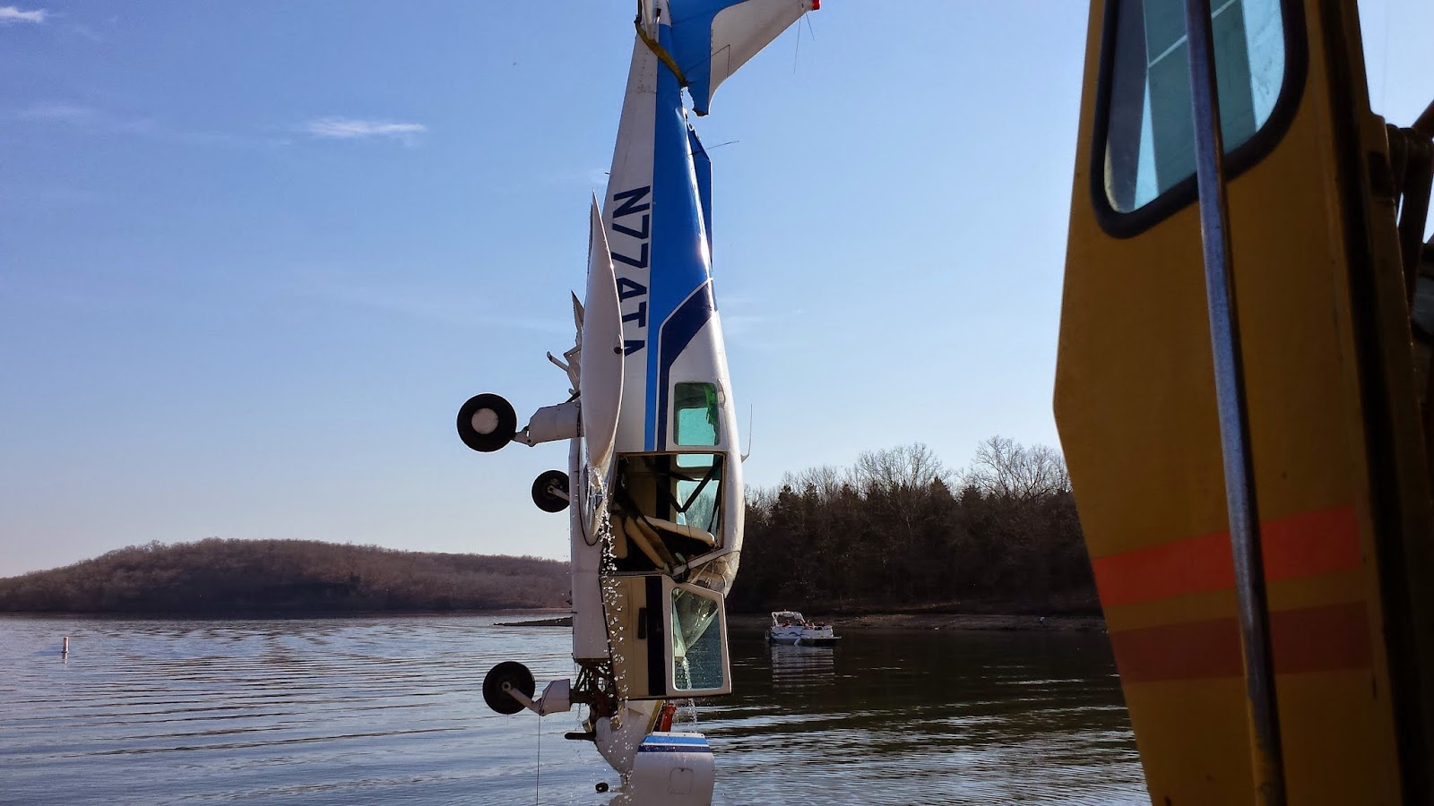 lake ozark men Lake of ozarks, missouri — two iowans have died in a drowning accident at the lake of the ozarks monday, the missouri state highway patrol reports the men went into the water while trying.