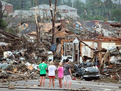tuscaloosa tornado 2000. tuscaloosa tornado 4 15 11.