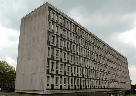 The nighthouse of telephony brutalist for Architecture brutaliste