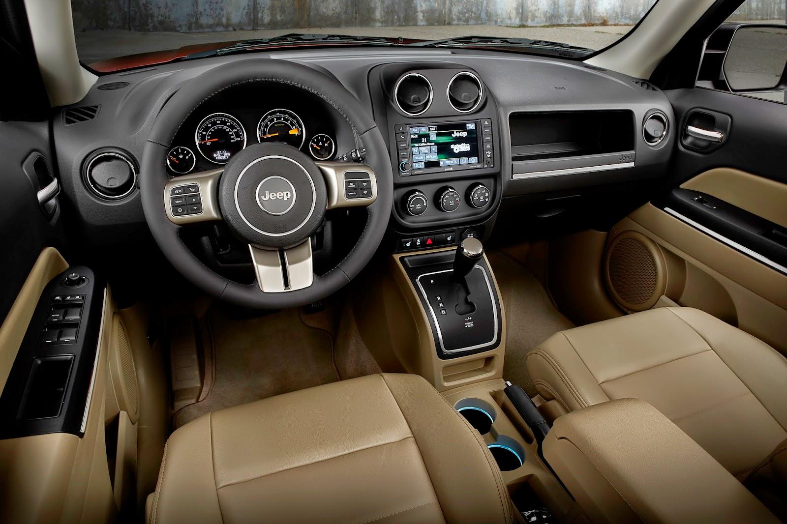 Interior view of 2014 Jeep Patriot Latitude