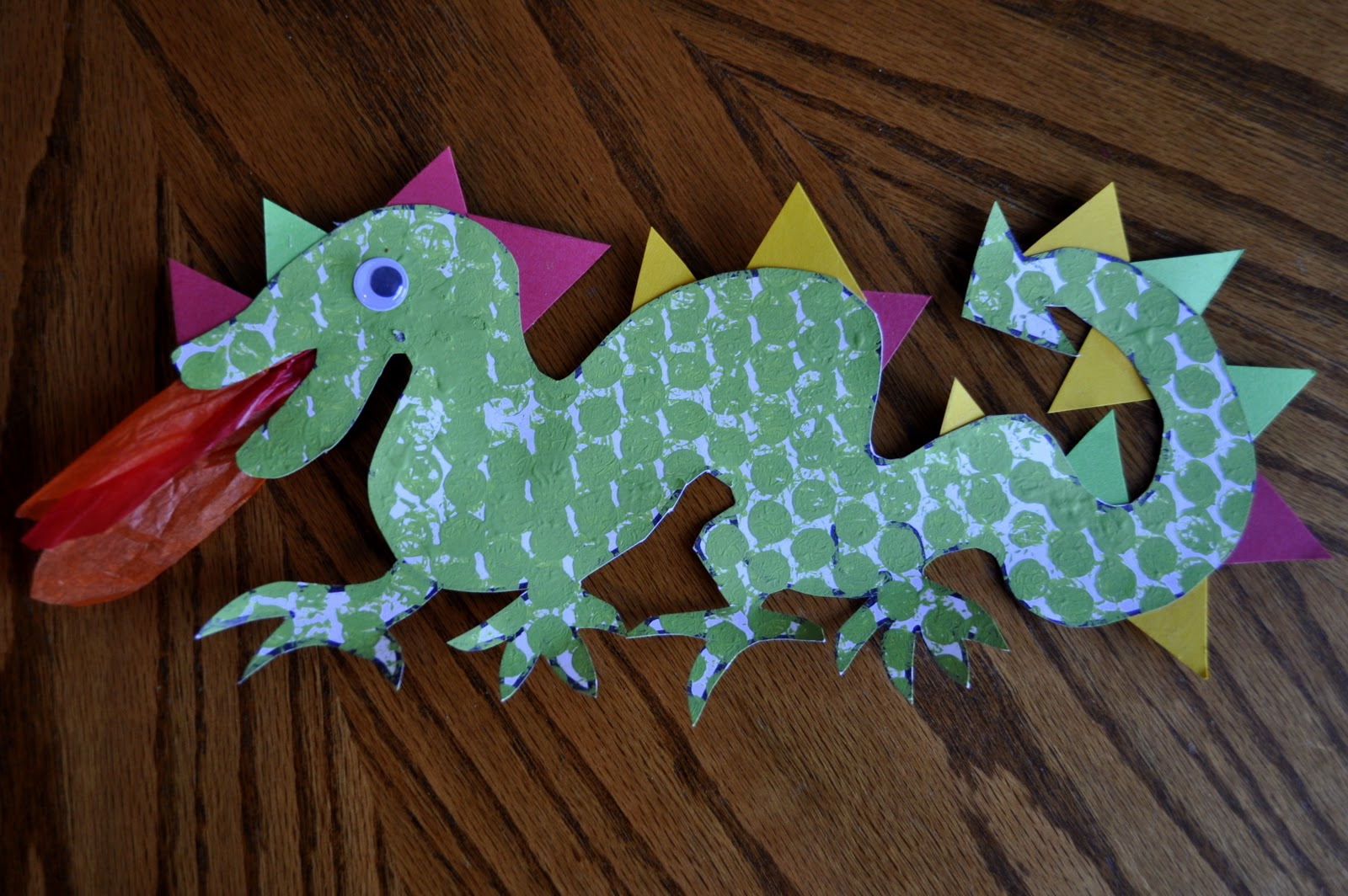 Chinese new year dragons i heart crafty things for Dragon crafts pinterest