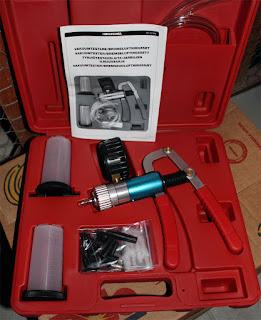 Ännu en pryl såld, här vakuumläckagetestare, bra att felsöka på bilens vakuumledningar