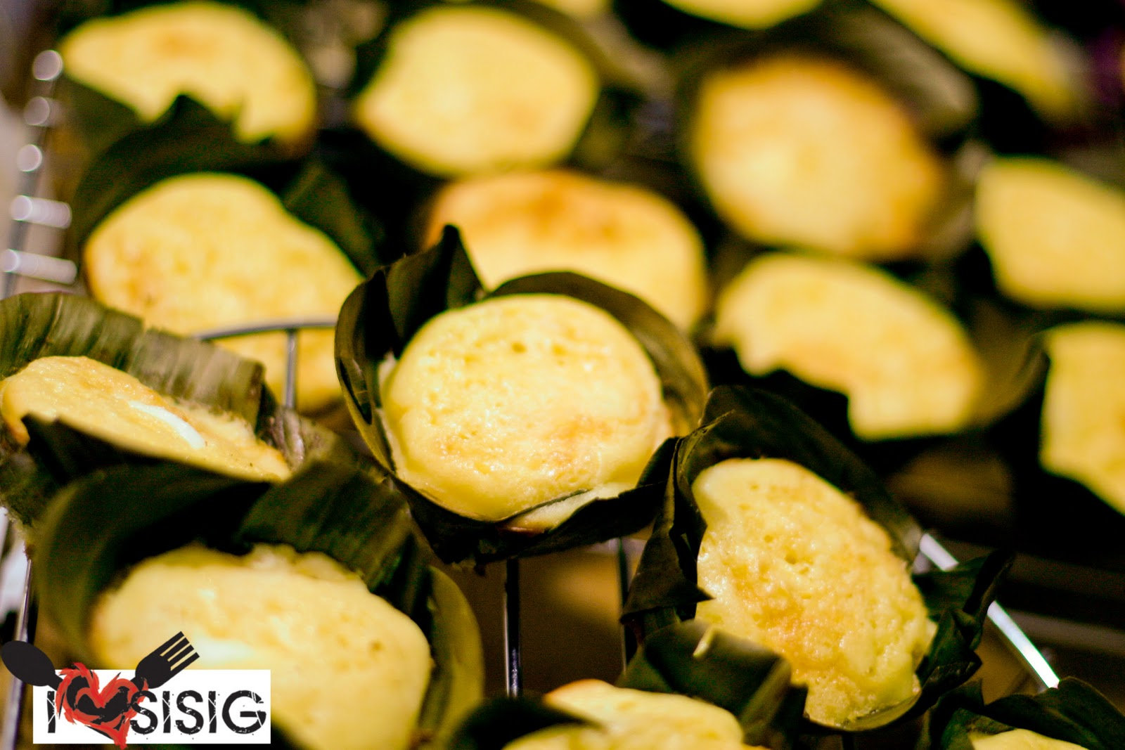 Recipes from home bibingka cupcakes with salted egg and cream cheese