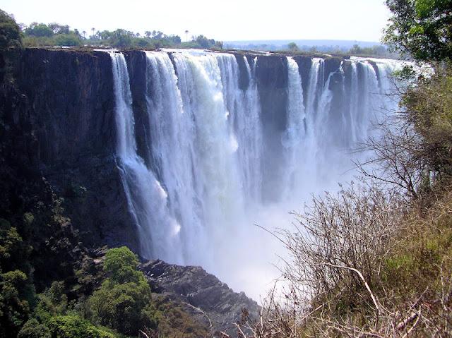 ZIMBABWE: Las Cataratas Victoria