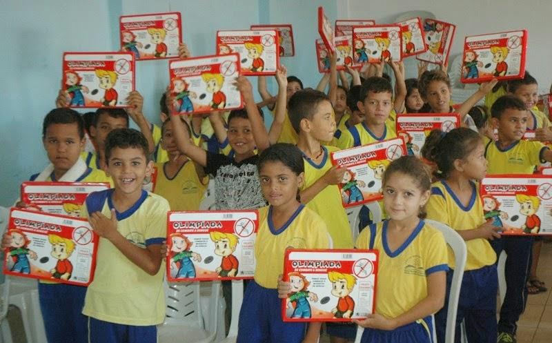 Estudantes recebem palestra sobre o Aedes Aegypti na Escola Maria Bezerra em Zabelê
