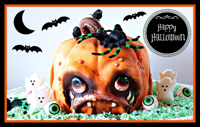 Scary Pumpkin Face Cake