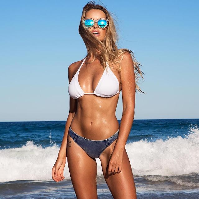 Super Model Kahili Blundell Bikini Expose Pics