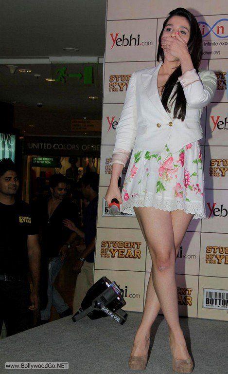 Aliya+Bhatt+-+BollywoodGo+(4)