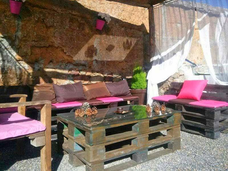 Rinconcito r stico con palets for Como hacer un jardin rustico