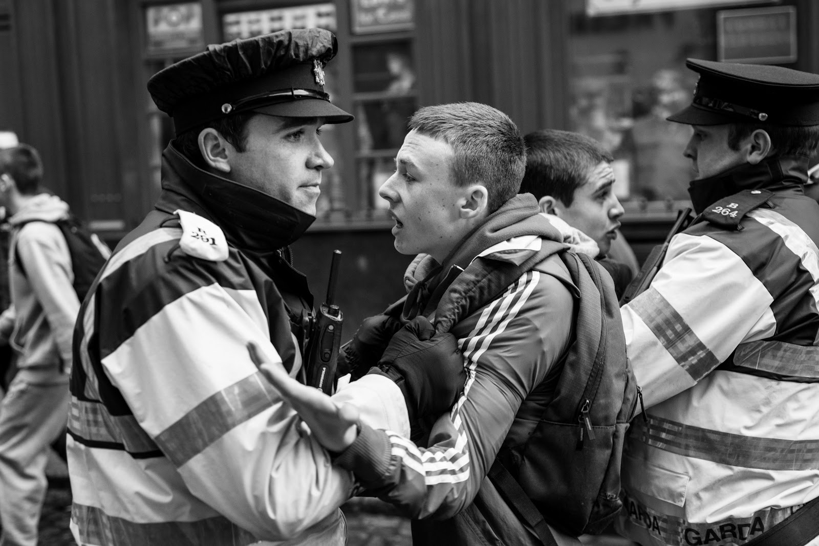 petty crimes How to avoid petty crime in ireland the people are gorgeous,  unlike other countries, crimes involving firearms are rare in ireland,.