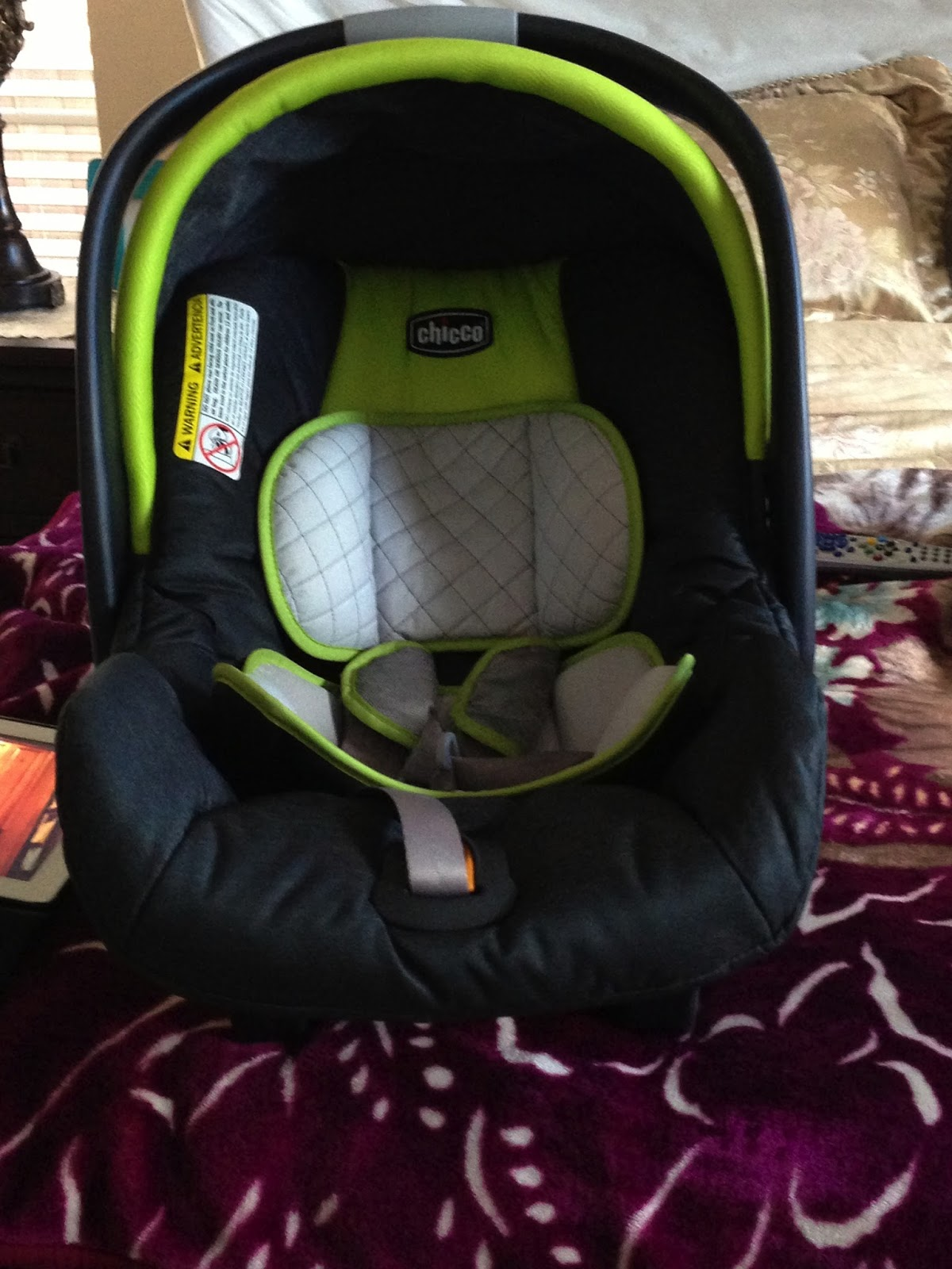 personal product reviews chicco car seat. Black Bedroom Furniture Sets. Home Design Ideas