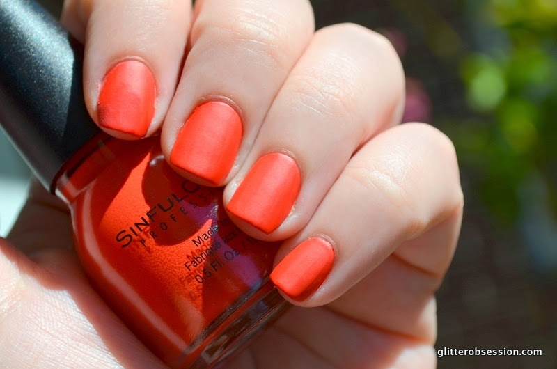 sinful colors laced up, sinful colors laced up swatch, sinful colors laced up nail swatch