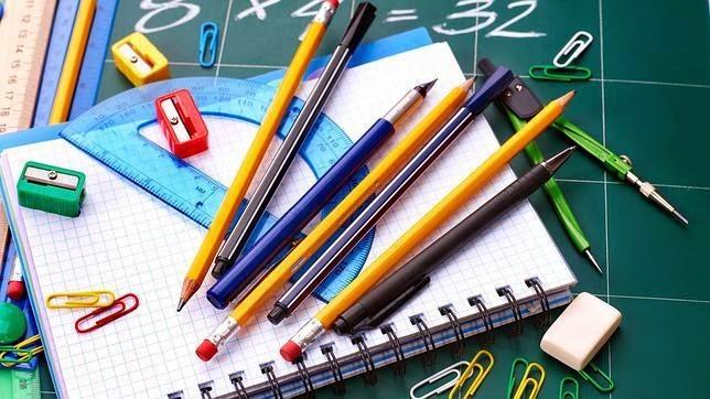 http://www.websaber.es/php/practicar/testsparaoposiciones.htm
