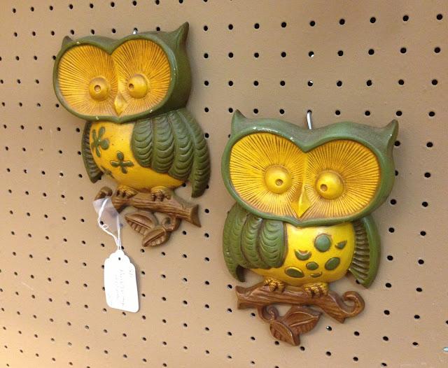 owl wall hanging via homeologymodernvintage.com