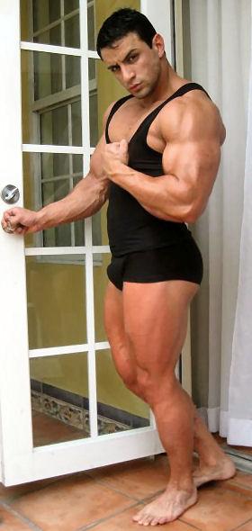 donde puedo encontrar prostitutas gay musculoso