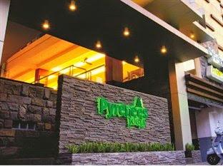 Hotel Murah Sosrowijayan - Pyrenees Jogja Hotel