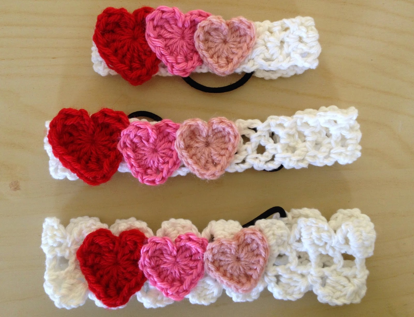 Free Crochet Pattern: Valentines Day Headbands