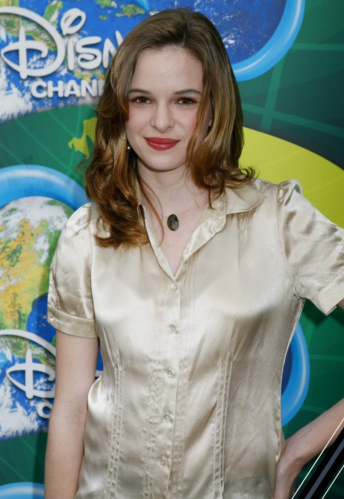 Wikimise Danielle Panabaker Wiki And Pics