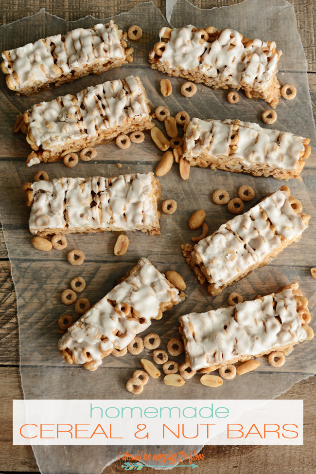 Homemade Cereal and Nut Bars: no-bake cereal and nut bars are an easy way to start the day!