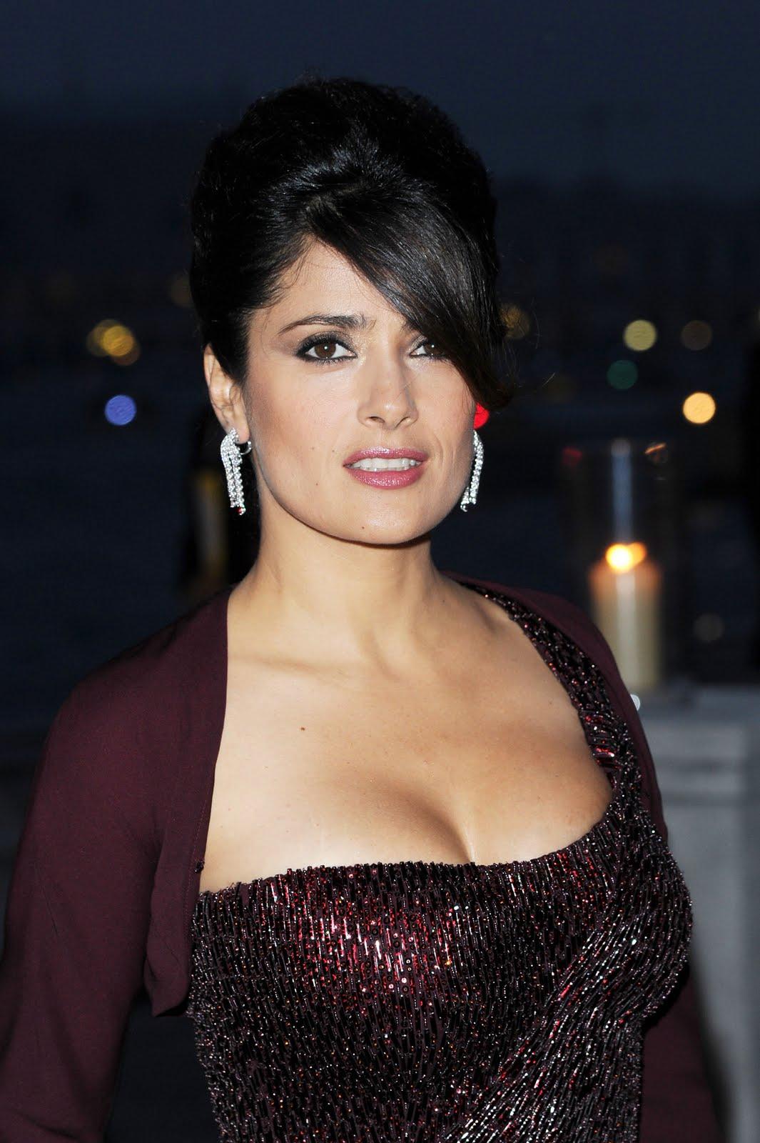 http://4.bp.blogspot.com/-CX1YYiRr4X0/Tl9hSgaQAOI/AAAAAAAAAbU/y9P2NJHtMjk/s1600/Salma-Hayek-pics-images-photos-pictures-videos-Actress-movies+%252813%2529.jpg