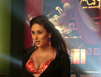 Kareena Kapoor Boobs Pictures