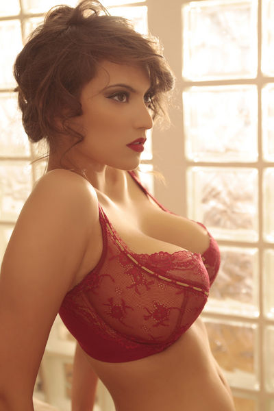 Crush Of The Day!: Francoise Boufhal Hot in Lingerie Stills