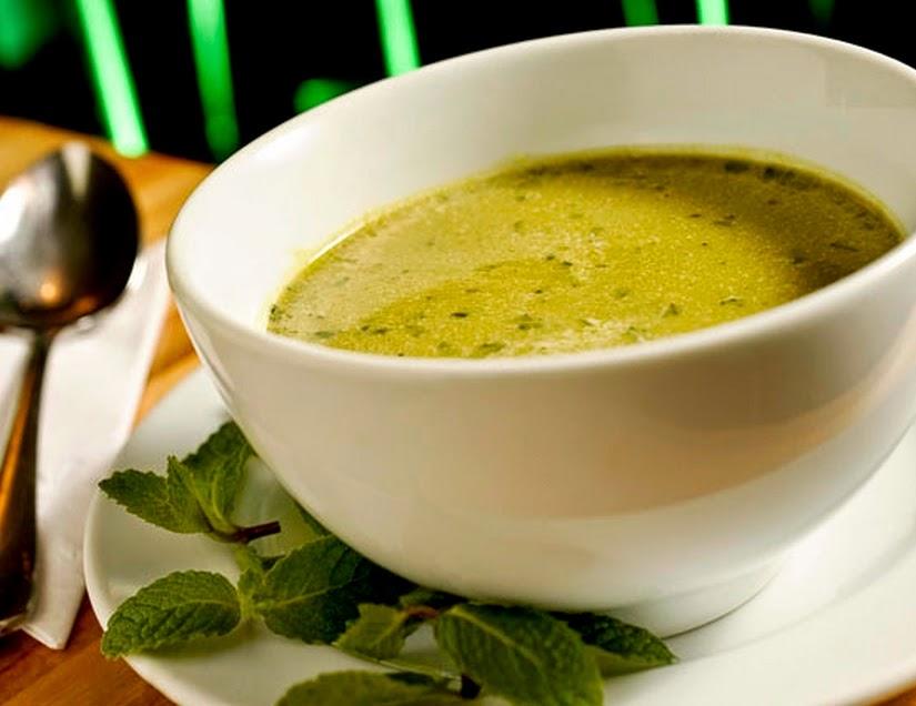 Sopa de Ervilha com Hortelã (vegana)