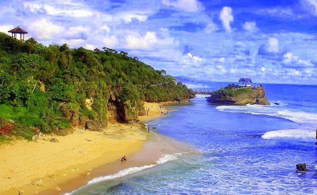 Foto Pantai Kukup, Yogyakarta