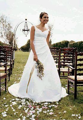 Vestidos de novia sencillos para aire libre