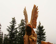 VANCOUVER - Grouse Mtn and Carved Animals