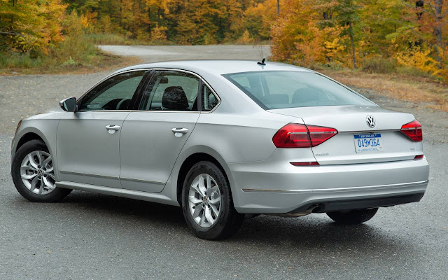 VW Passat 2016 S - versão de entrada