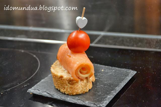 Pintxo de salmón y queso