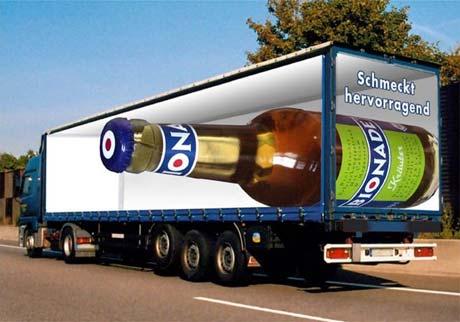fotos de camiones curiosas publicidad anuncios botella cerveza